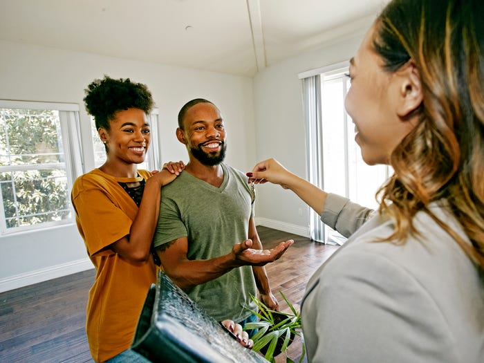 What percentage of income do renter spend renting?